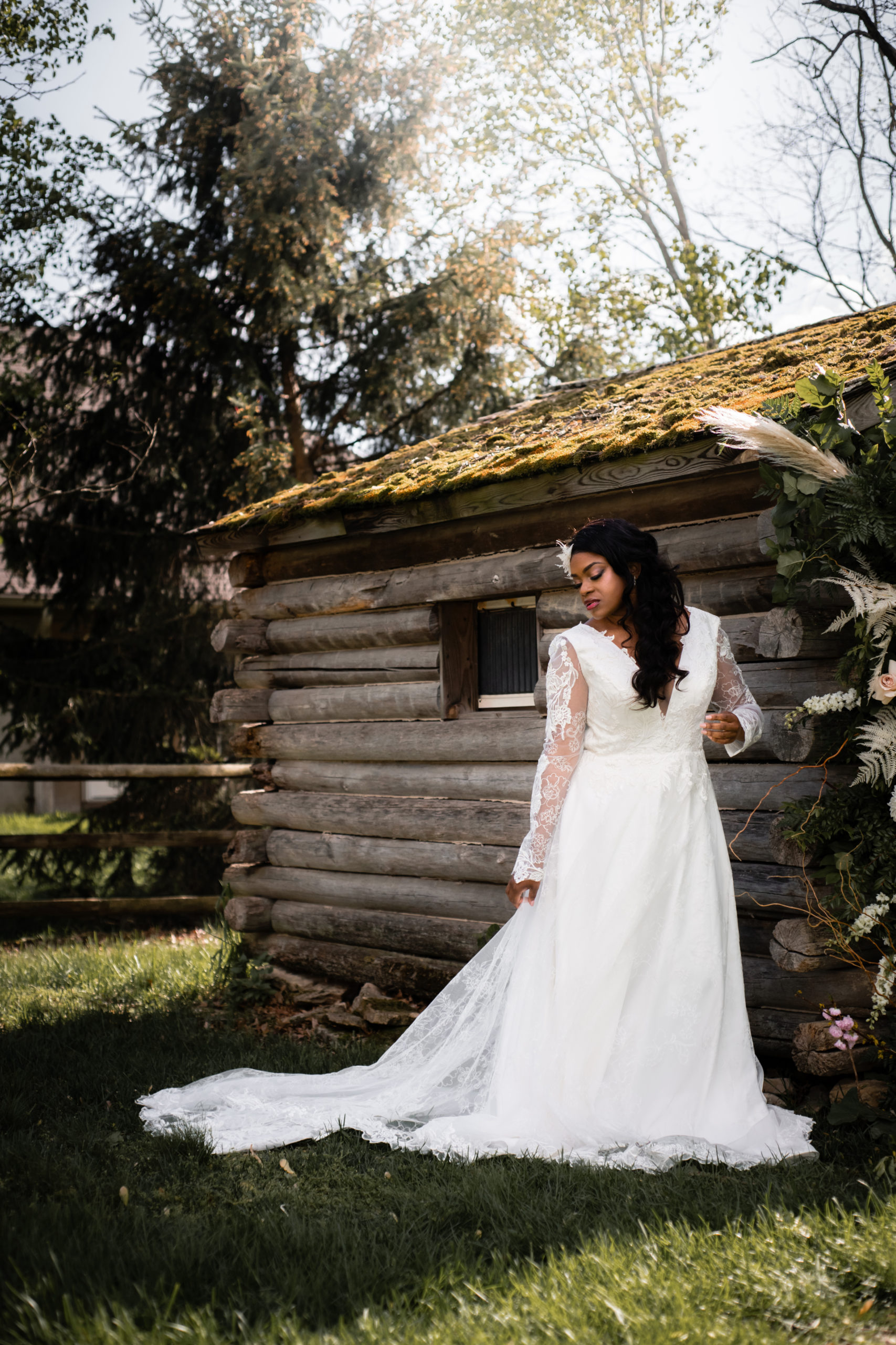 classic wedding dresses for plus size